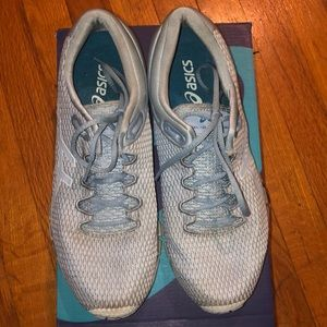 Light blue/baby blue gel ASICS size 10